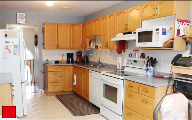 cobourg bungalow kitchen